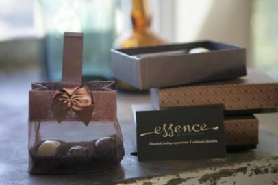 essence-chocolate