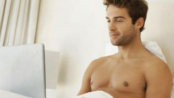 guy-using-laptop-iStock_000011252227XSmall_zps1ec6b795